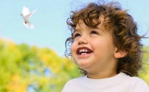 фотография счастливого ребенка